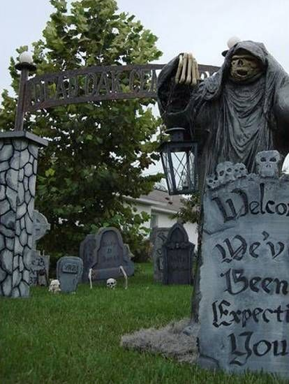 62 Spooktacular DIY Halloween Decorations Yard haunt, Halloween - how to make halloween decorations for yard