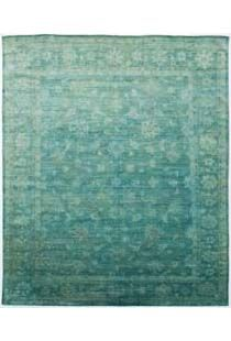 I Want To Diy This Rug Find And Old Rug And Spray Fabric Dye On It Carpet Stairs Diy Carpet Discount Carpet