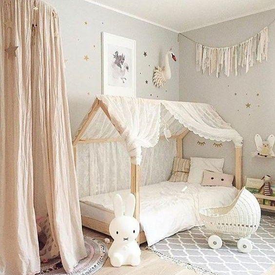 871 Curtidas 13 Comentarios Decobb Decobbstore No Instagram Inspiration Deco Le Lit Cabane Et Le Ciel De Lit Toddler Bedrooms Girl Room Toddler Rooms