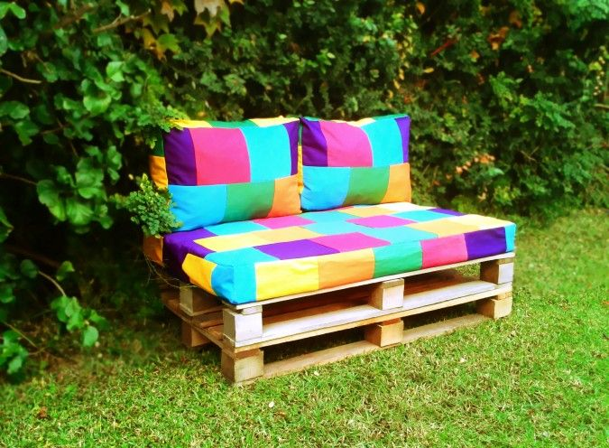Almohadones base sillon de pallets misuta feria for Almohadones para sillones