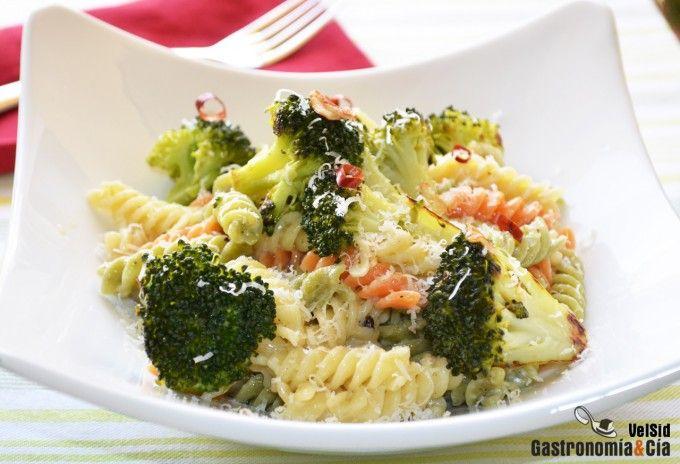 Fusilli con br coli y parmesano receta a la rica pasta - Platos de pasta sencillos ...