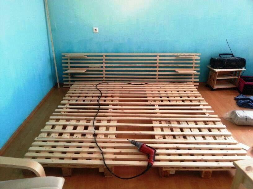 paletten bett palettenm bel pinterest bett diy. Black Bedroom Furniture Sets. Home Design Ideas