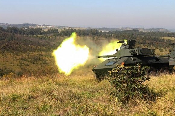 EE-9 Cascavel | Army Tanks | Military armor, Military
