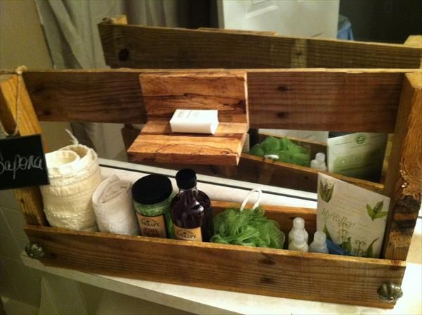 Pallet Soap and Toiletry Caddy | Pallet Furniture Plans | Bathroom ...