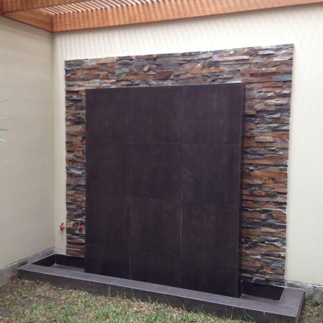 Resultado de imagen para fuentes de agua de pared muro for Paredes de madera para jardin