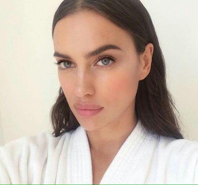Irina Shayk | Brunette beauty, Irina shayk, Beauty