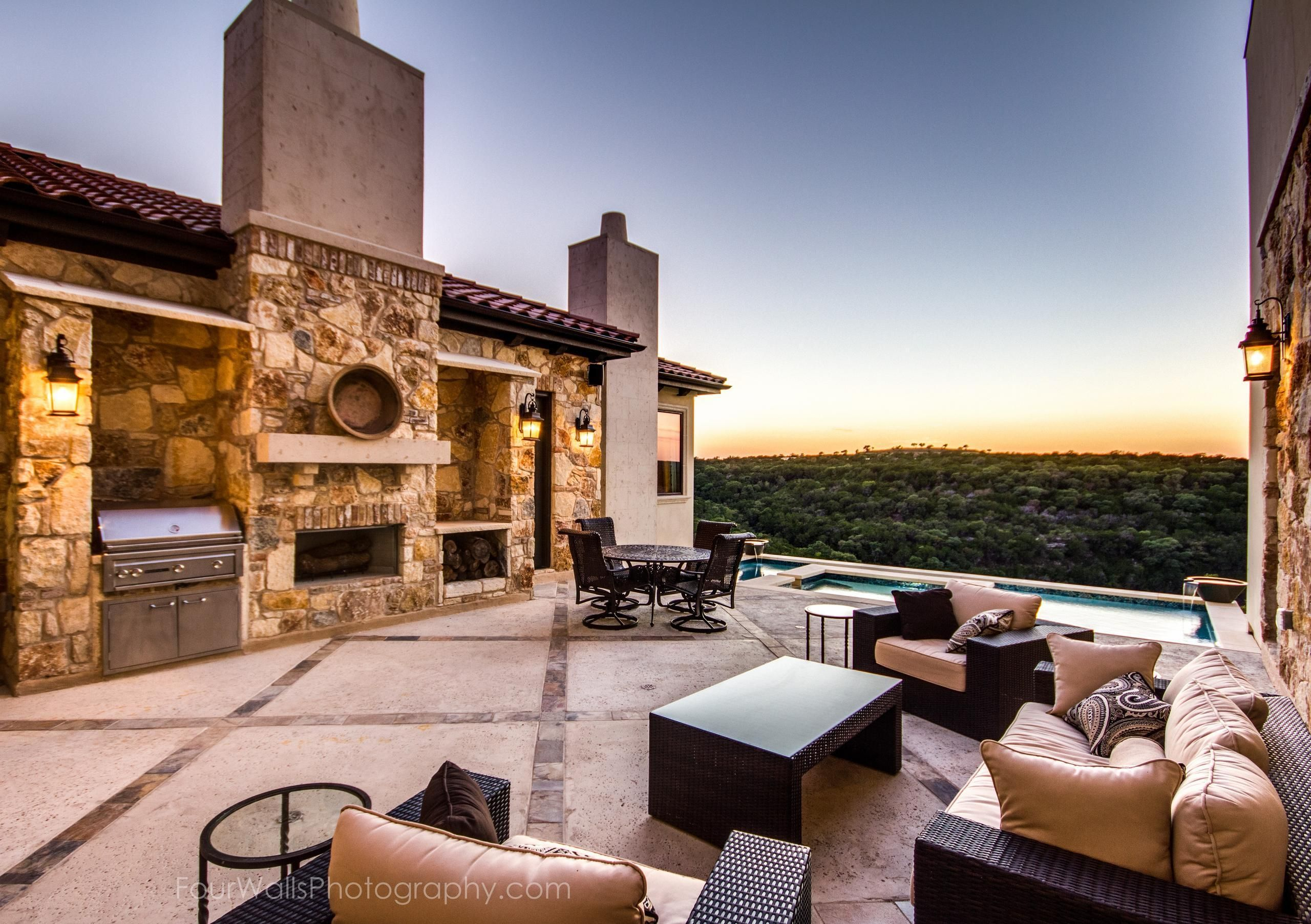 Outdoor Living Photo Gallery | Luxury Homes in Dallas TX ... on Dfw Complete Outdoor Living id=28967