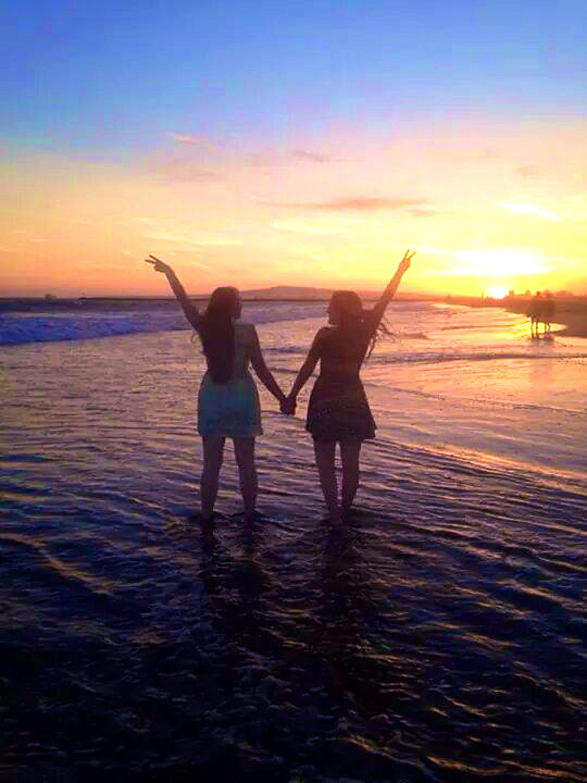 Creative Best Friend Beach Sunset Pictures Best Friend