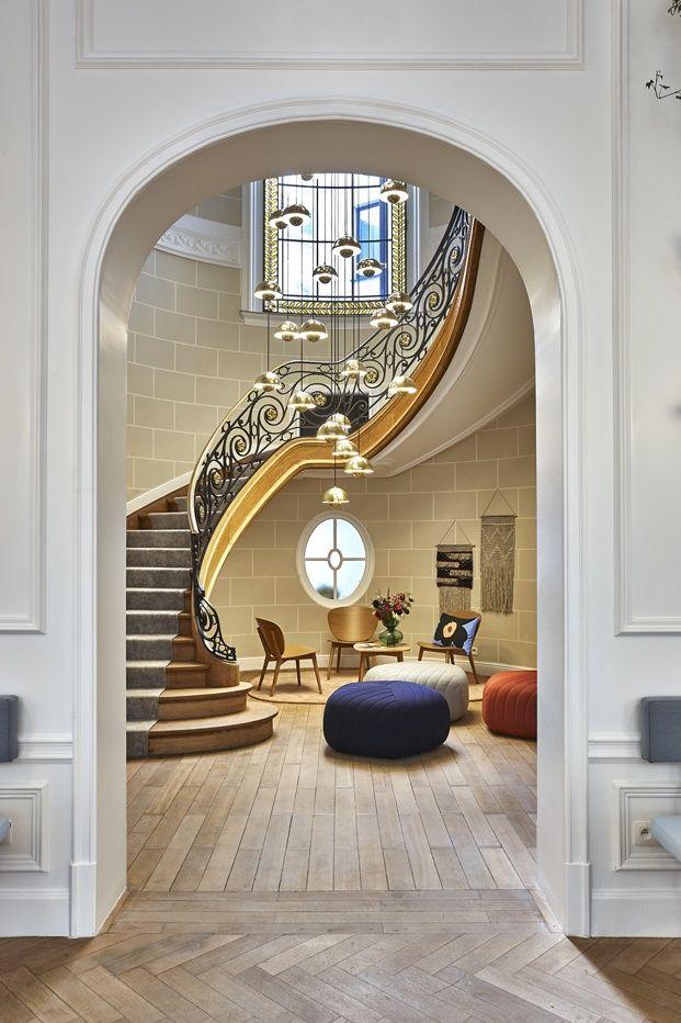 Hygge hotel dise o escandinavo en bruselas escaleras for Lamparas estilo escandinavo