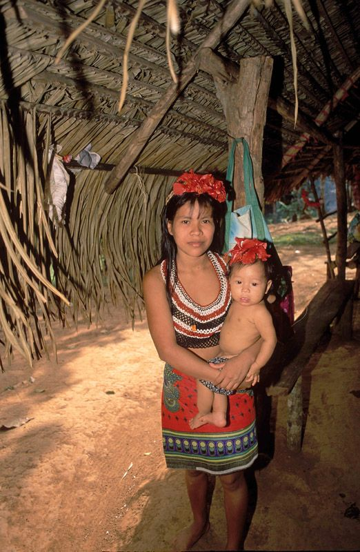 Embera Indian mother and child, Panama   Favorite Places