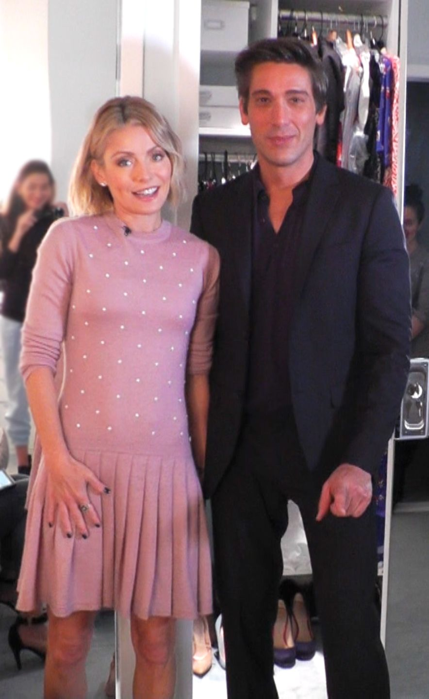 Kelly Ripa wore this cute pink with pearls Chanel Dress from Neiman ...
