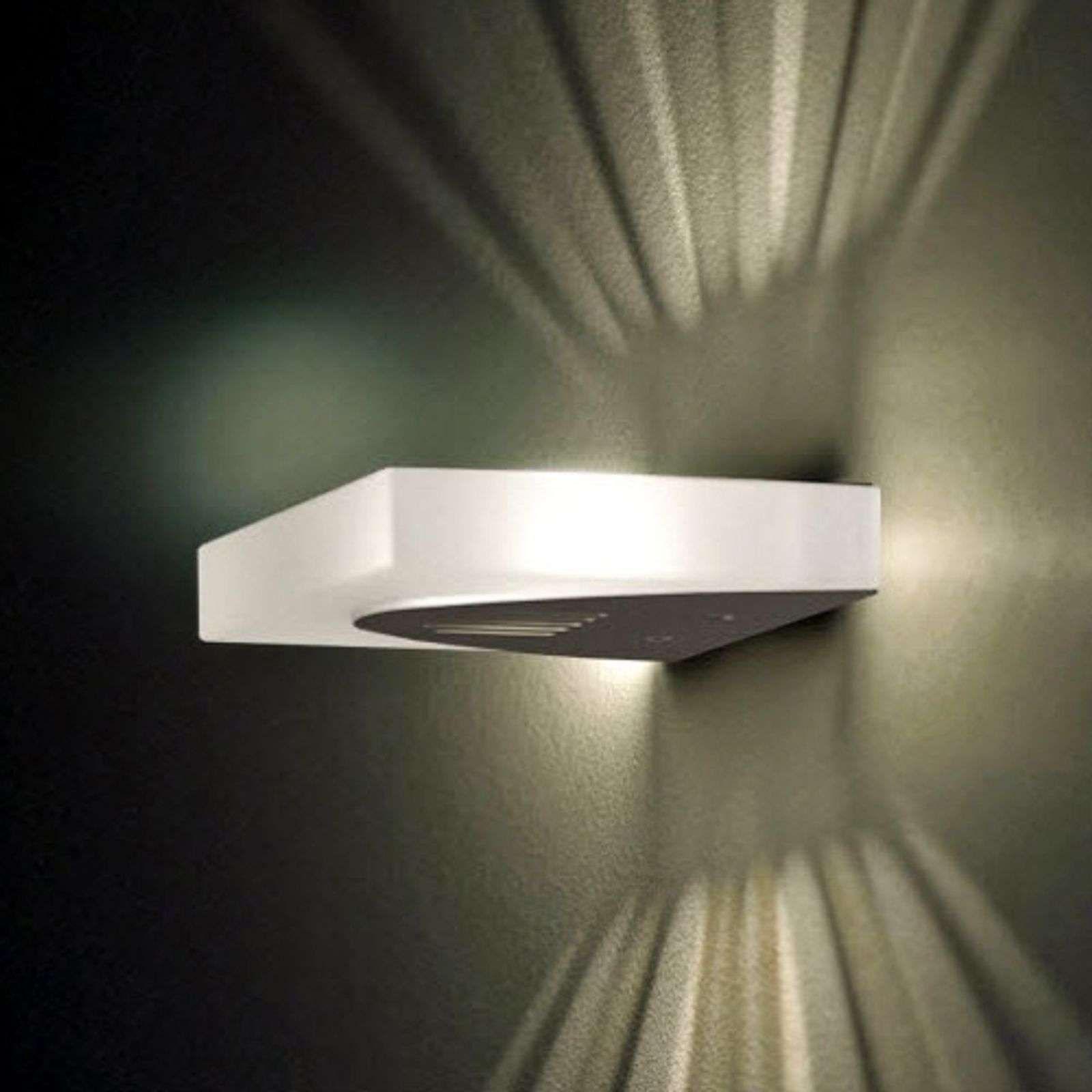 Wandleuchte Bad Ip65 Lampe Fur Wand Wandlampe Bett Designklassiker Wandleuchten Jolanda Aussenwandleuchte Mit Bewegu In 2020 Wandleuchte Led Aussenleuchten Licht