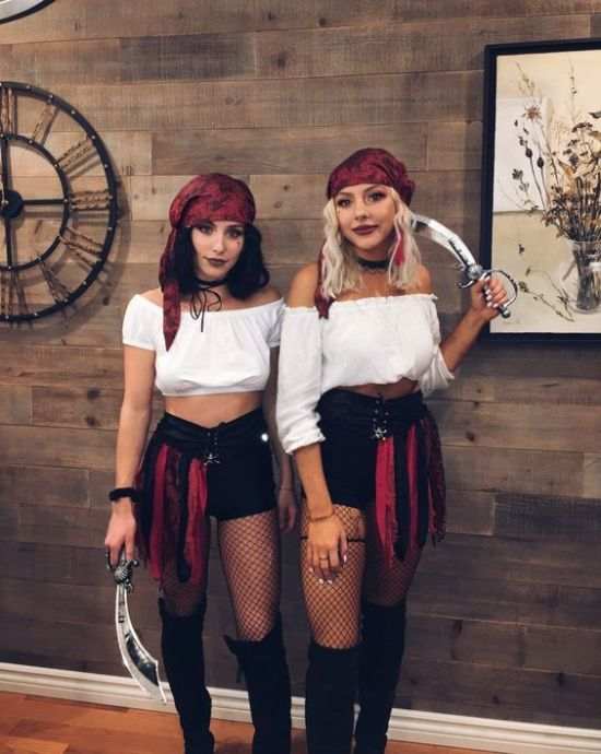 20 Easy Halloween Costumes To Try This Year - Soci