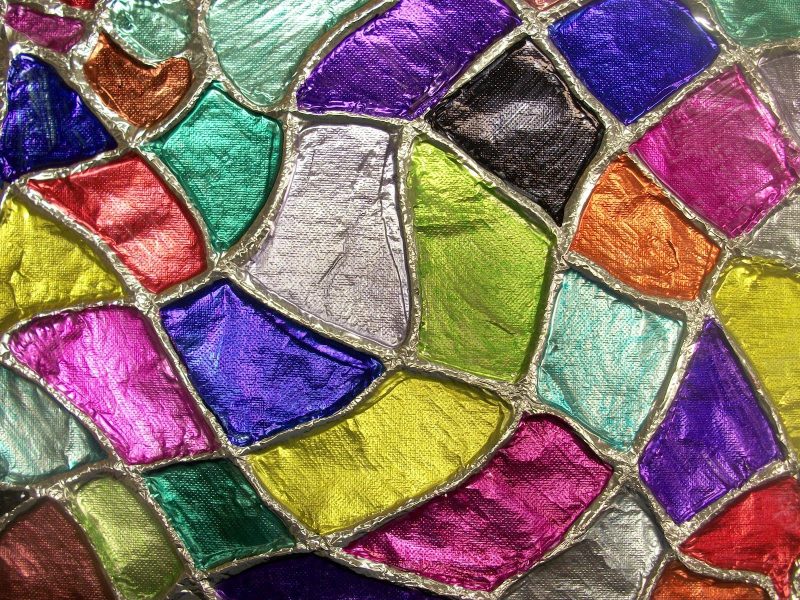 Beautiful art project with yarn, aluminum foil and Sharpies. we heart art: foil embossing