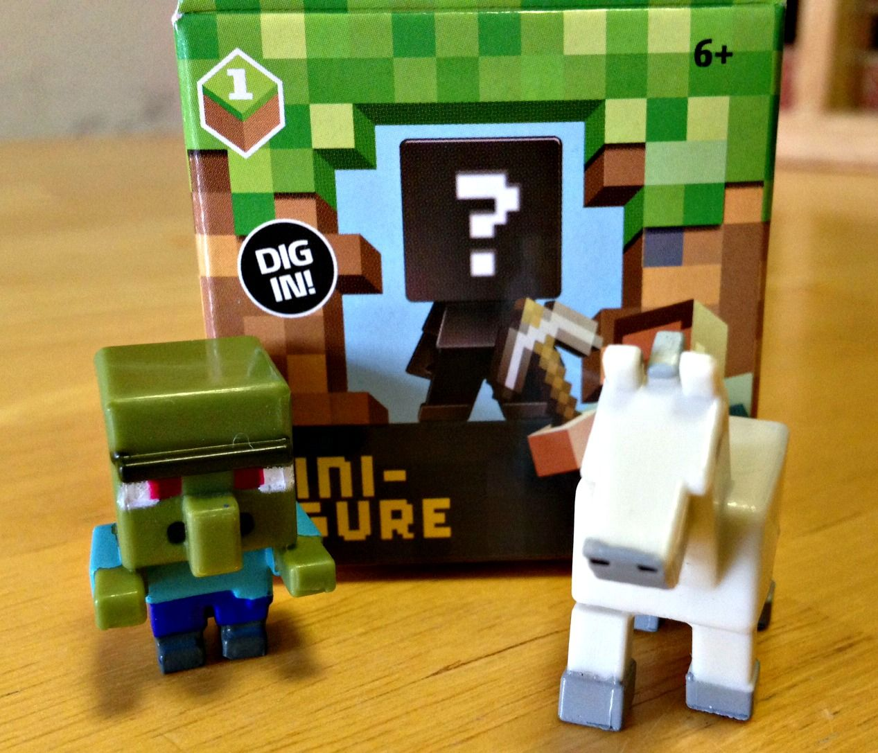 "Minecraft Mini-Figures 1/"" Zombie in Armor Series 3 Mini Action Figure Mojang"