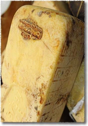 Formaggio Ragusano, a great Sicilian cheese