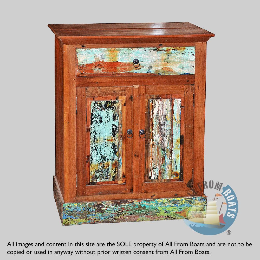 Colonial 2 Door Cabinet With 1 Drawer