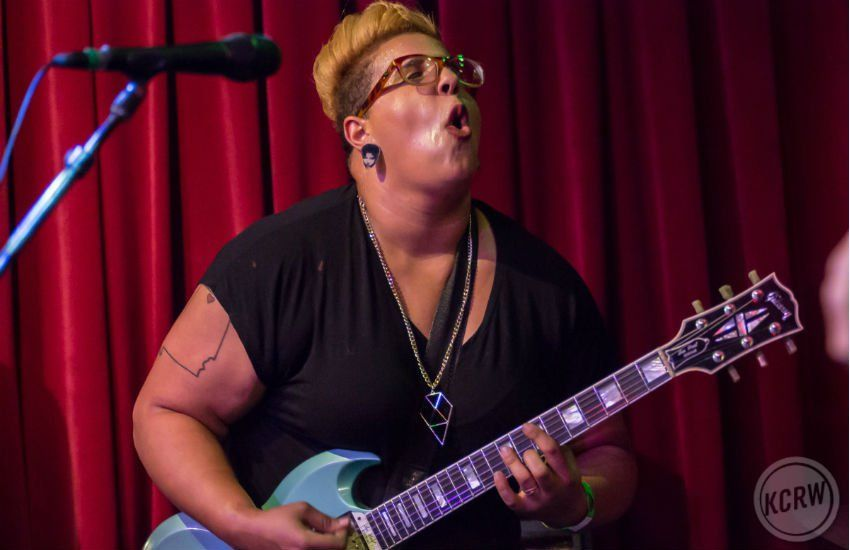 Alabama Shakes Crushed It At Kcrw S Apogee Sessions Los Angeles Magazine Alabama Lead Singer Singer