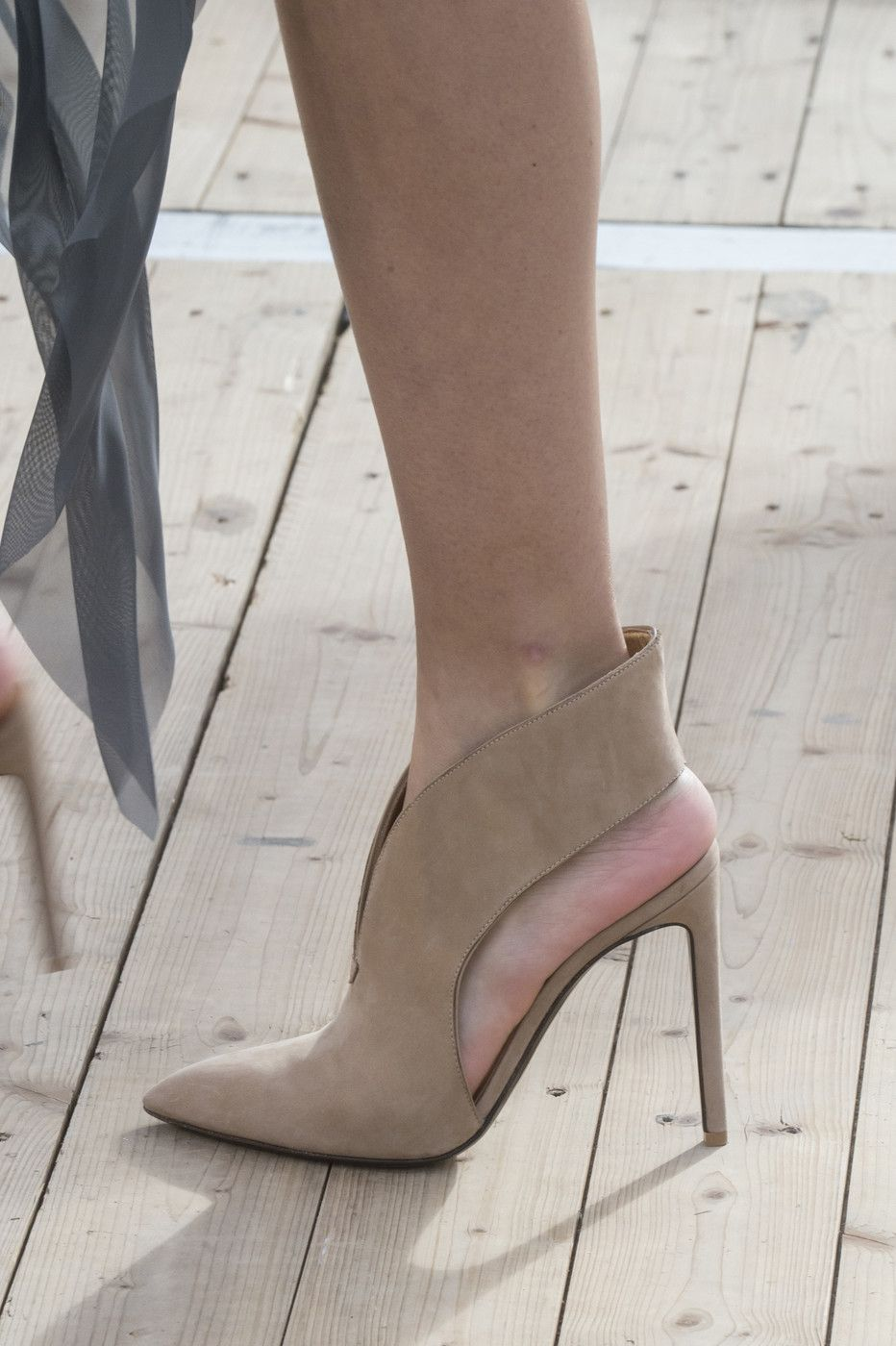 a6d327eb54c Akris at Paris Fashion Week Spring 2019 - Details Runway Photos. Find this  Pin and more on Shoes with ...