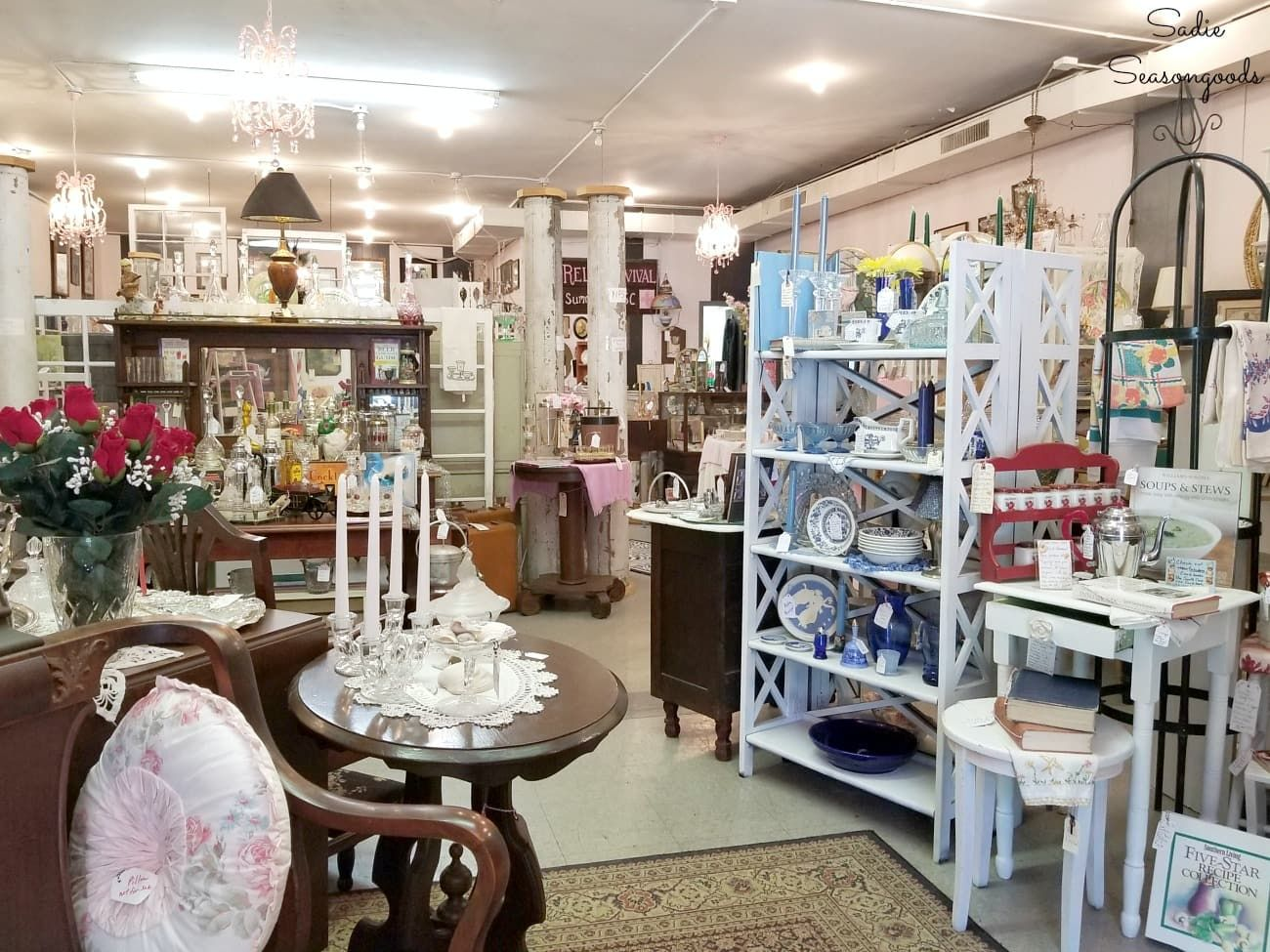 Charleston Sc Antique Stores Thrift Stores And Architectural Salvage Used Furniture Stores Antique Stores Shabby Chic Cottage