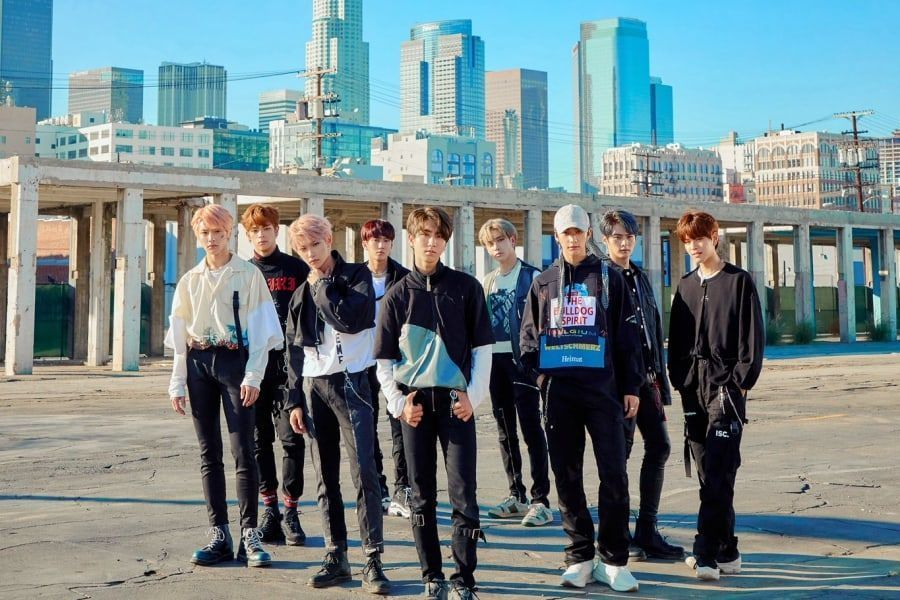 Update Stray Kids Gets Fans Hyped With New Group Teasers For Double Knot Soompi Stray Kids Groups Kids