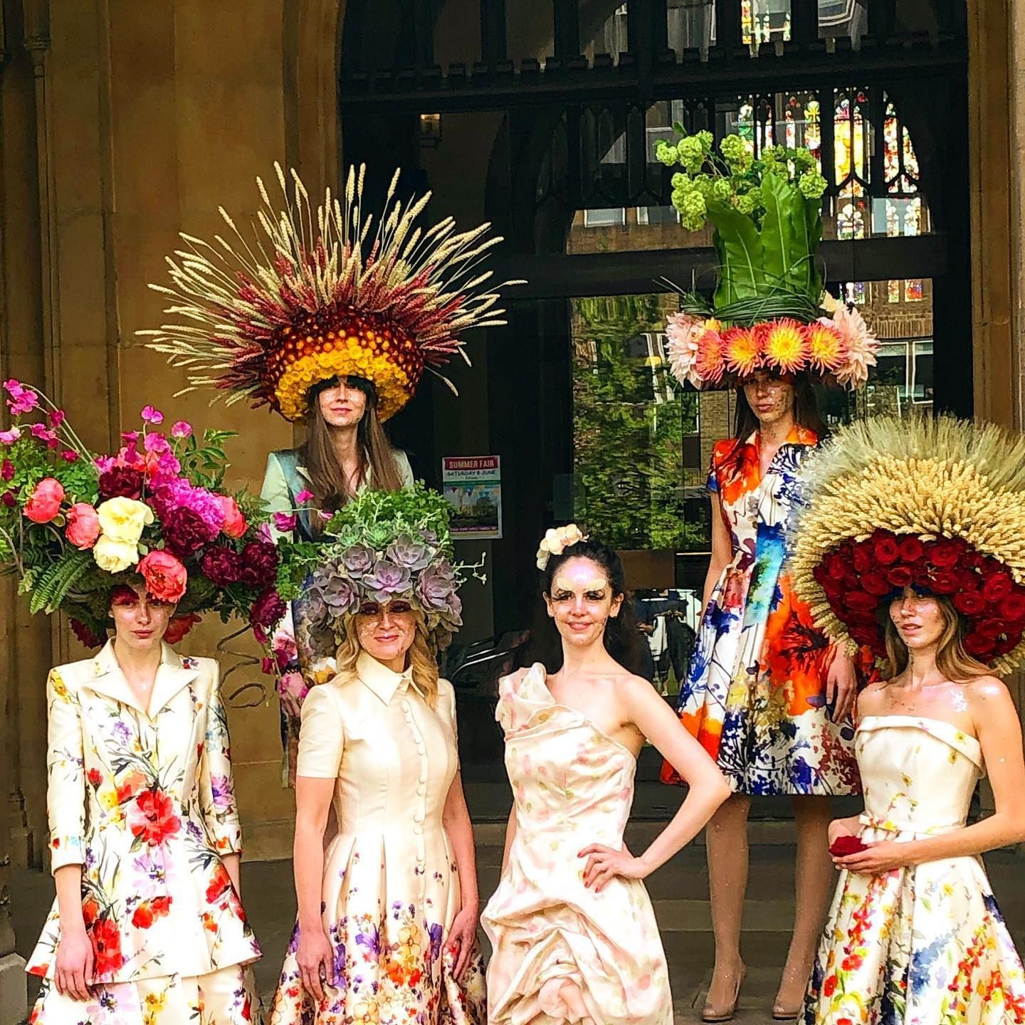 Today a year ago - standing outside #stlukessydneystreet taking pictures of my hats for #catherinewalker with models and photographers and press in the middle of #chelseaflowershow2019 - seems like a lifetime ago - or for a nice juicy event-or just a party with friends!! #sundaybest #flowerhats #flowerinspo #flowerdiary #flowergirl #designergear #gorgeousday #memorylane