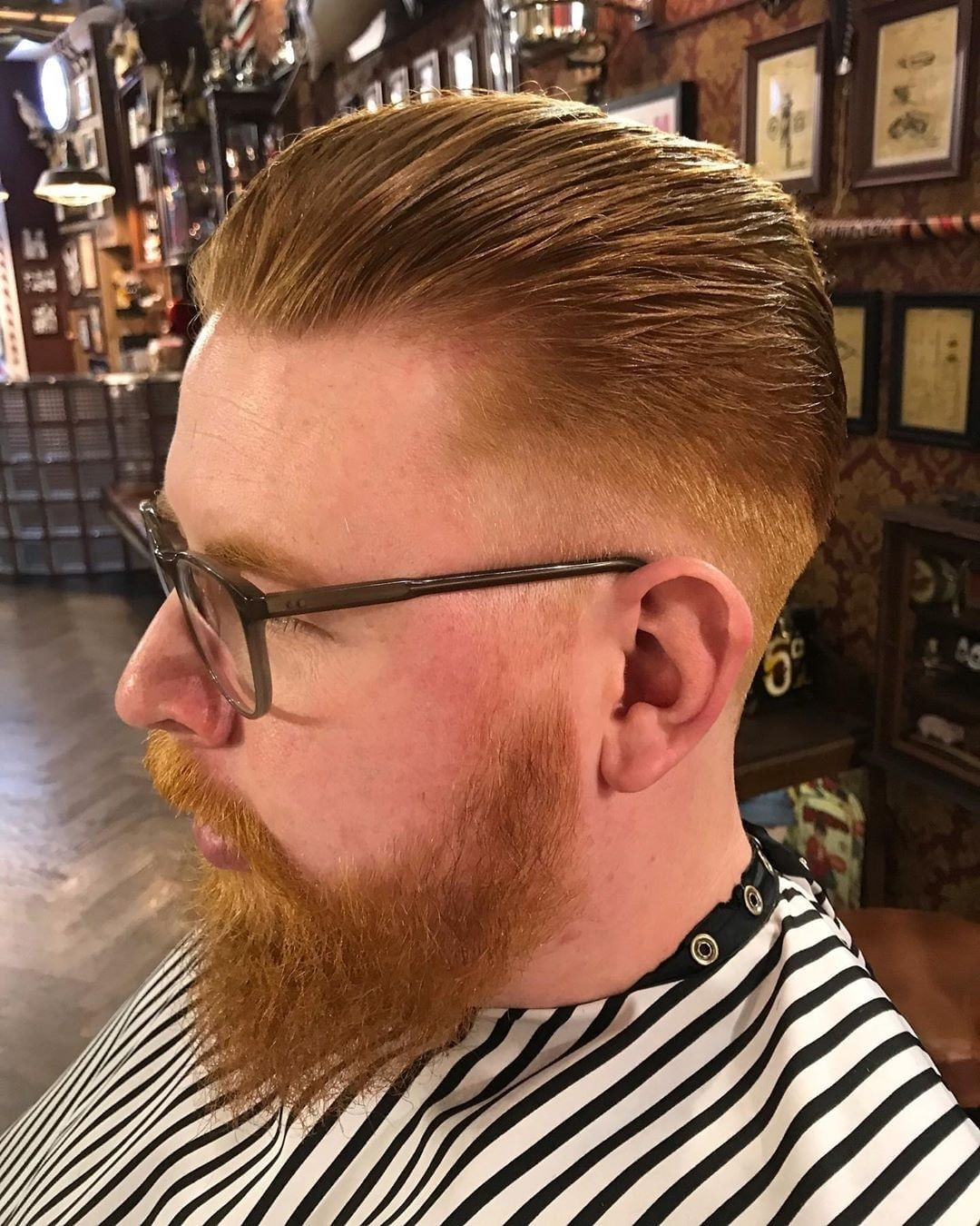 Check out this slicked back quiff saloon_maastricht