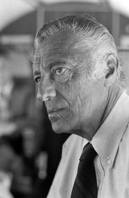 Giovanni Agnelli. | Stile uomo, Icone di stile, Personaggi ...