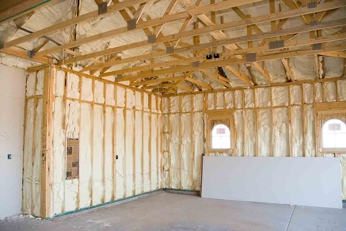 When It Concerns The Industrial Structure A Modern Day Barndominium Layouts More Popular Especial Energy Efficient Homes Spray Foam Insulation Home Insulation