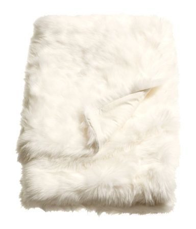 White Faux Fur Throw With Cotton Backing Size 51 X 67 In Fur Blanket Faux Fur Throw Fake Fur Blanket