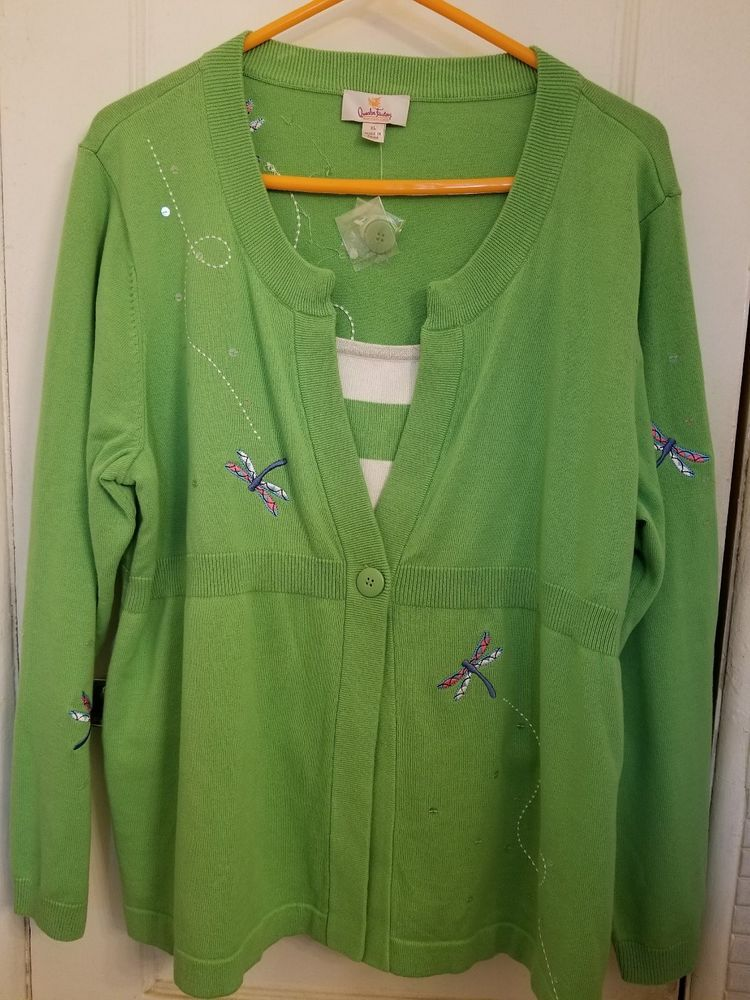 Ladies Never Worn Quacker Factory Dragonfly Pullover Green/White