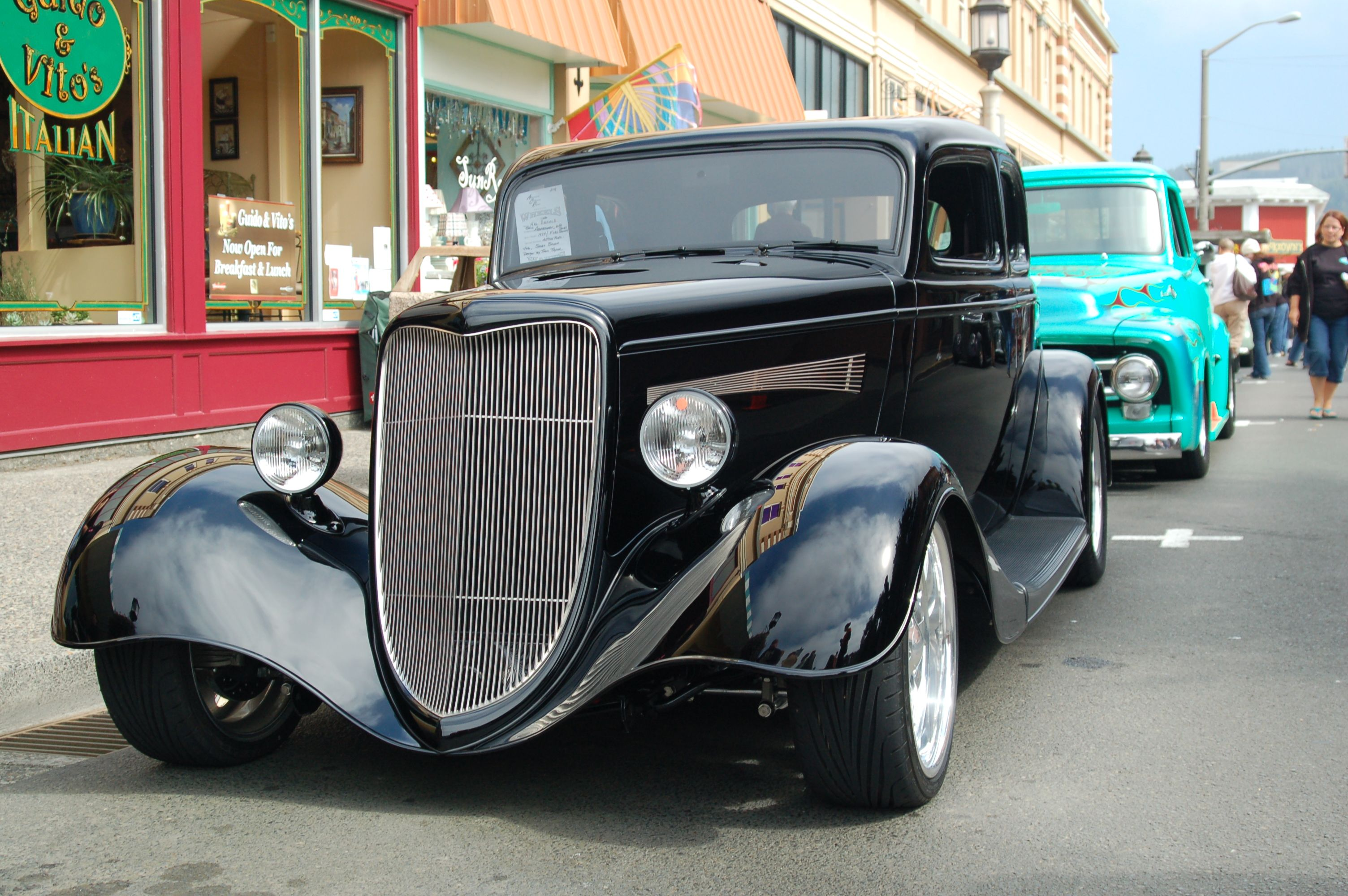 cool old car!