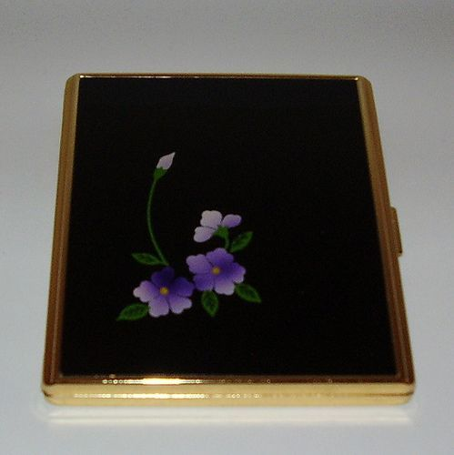 Design Your Own Beautiful Cigarette Case With Beautiful Picture