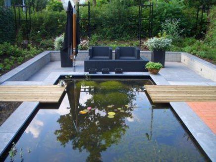 Strakke tuin met vijver van berthe inrichting vijver pinterest tuin en met for Terras modern huis