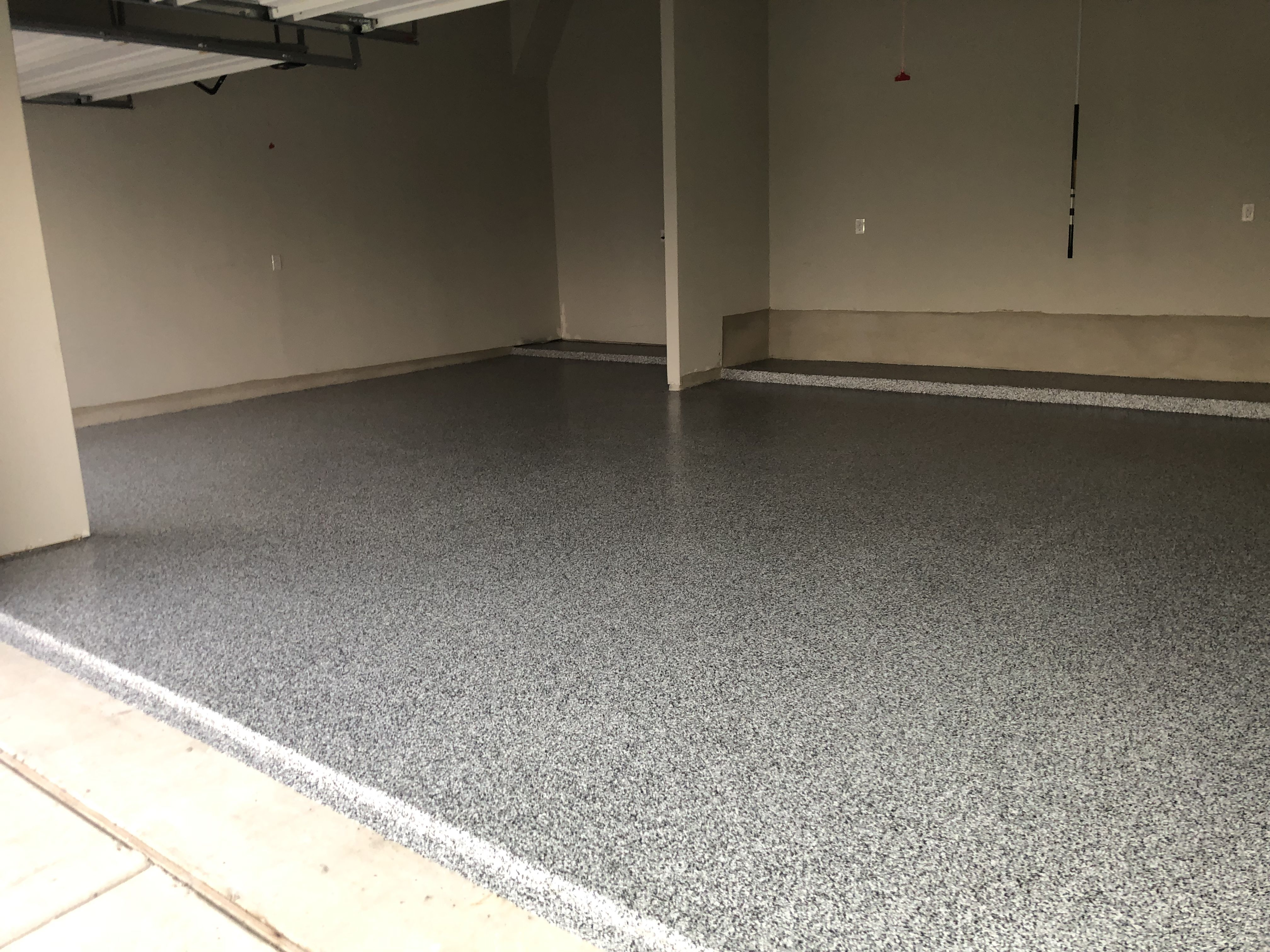 Uv Stable Epoxy Polyurethane Garage Flooring With Marble Flake