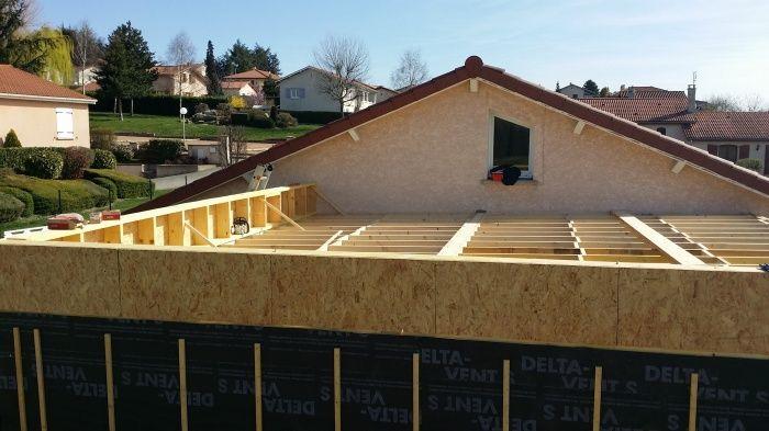 pose des murs ossature bois de 180 mm et r alisation du solivage avec une pente de 2 3 pour. Black Bedroom Furniture Sets. Home Design Ideas