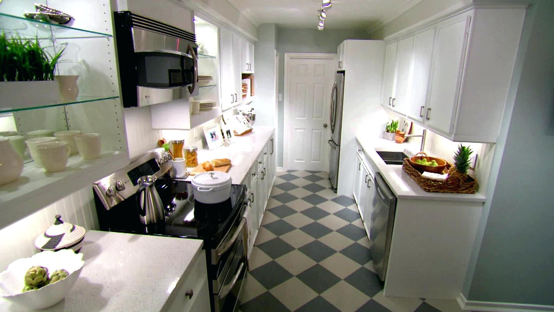 Best 90+ Galley Kitchen Ideas 2018 #whitegalleykitchens
