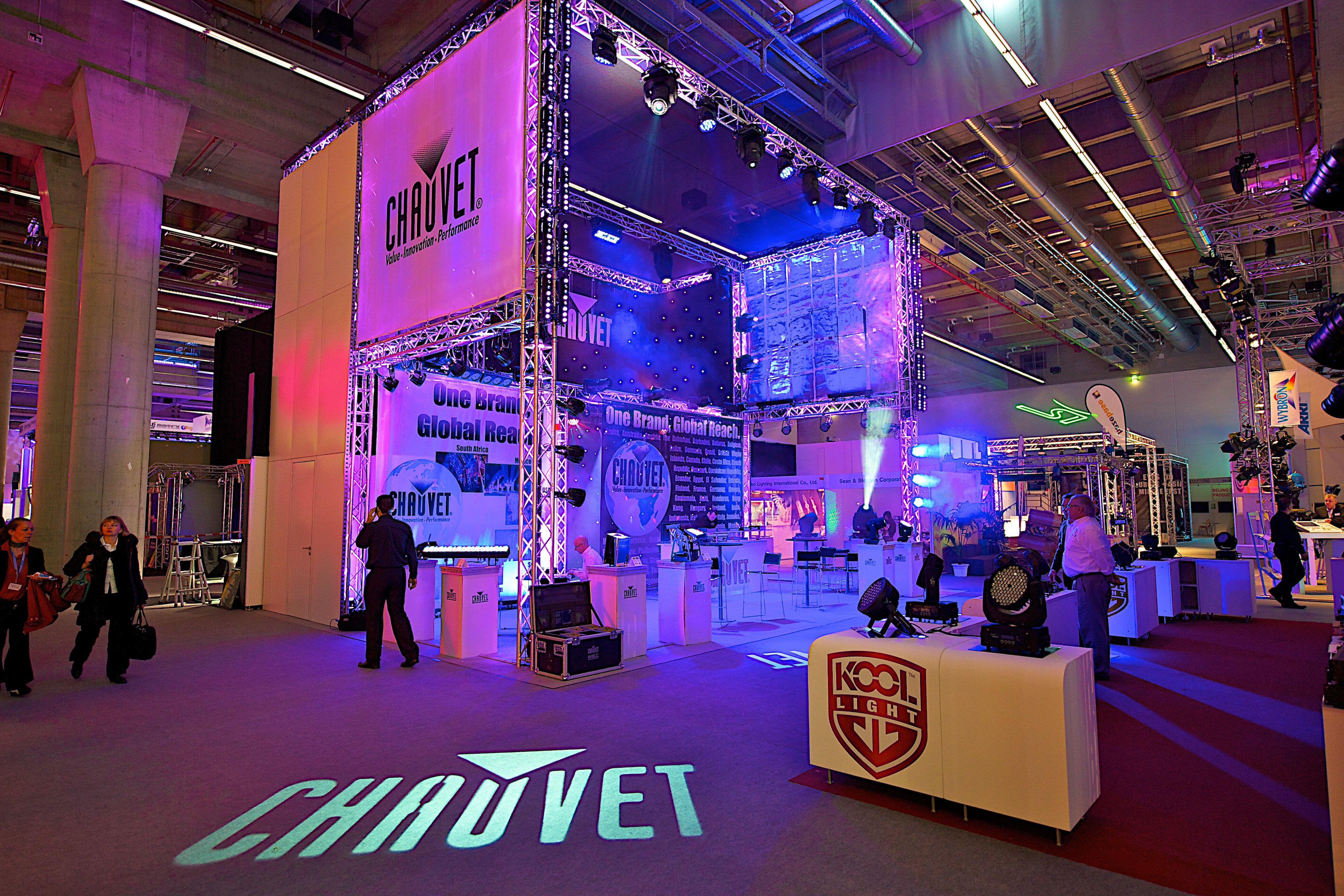 trade show flooring cool lighting