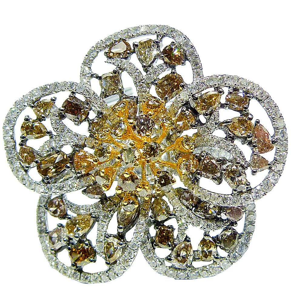 Multi-Color Diamond Gold Flower Ring | From a unique collection of vintage fashion rings at https://www.1stdibs.com/jewelry/rings/fashion-rings/