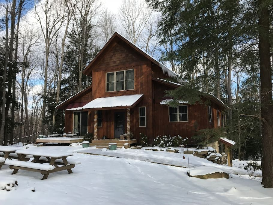 Entire Home Apt In Oakland United States Located A Short Drive To Wisp Ski Area Herrington Manor State Park For Cross Chalet House Styles Screened In Porch