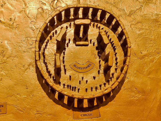 """El """"círculo"""" de Stonehenge se observa incompleto por su lado sudoeste, quedando por tanto abierto por esa parte. Sin embargo, los arqueólogos se han preguntado durante mucho tiempo si fue creado así de forma deliberada o si, por el contrario, originalmente consistía en un círculo """"perfecto""""."""
