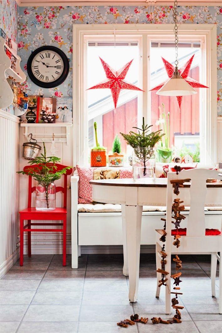 Christmas cottage interior dining wohnung dekoration for Tapete skandinavischer stil