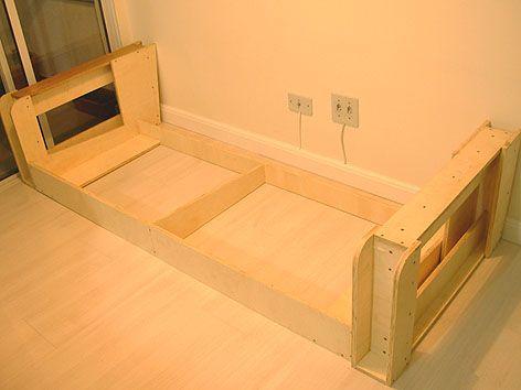 Sofa base m veis pinterest woodwork and interiors for Sofa cama individual espuma
