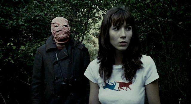 Timecrimes(2007)Spain__My Rating:7.5__Director:Nacho Vigalondo__Stars:Karra Elejalde、Candela Fernandez、Barbara Goenage、Nacho Vigalondo