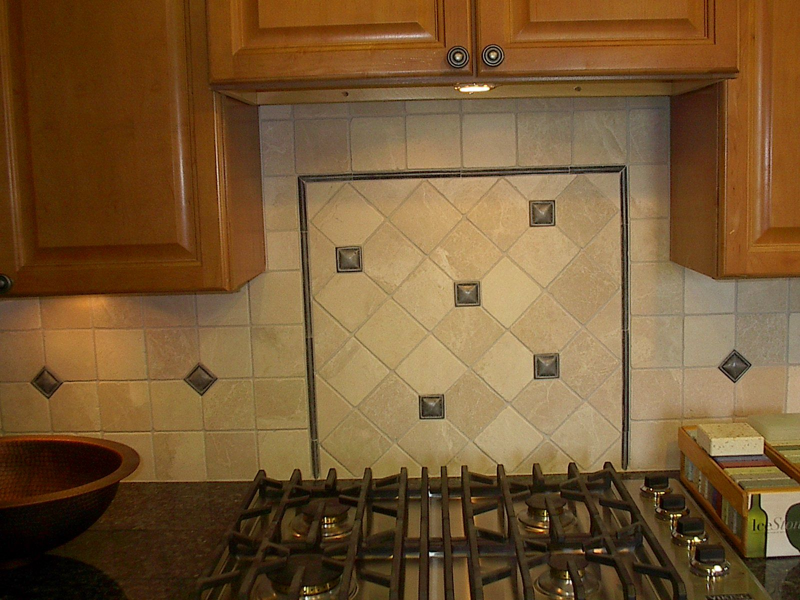 Decorative Pencil Tile Entrancing Exciting Travertine Backsplash For Kitchen Decor Transformation Review