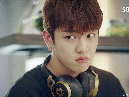 "Legend of Blue Sea บนทวิตเตอร์: ""Cute #ShinWonHo as Tae Oh 😘 #TheLegendOfTheBlueSea #푸른바다의전설 Cr: as tagged https://t.co/sxLxPSBfEh"""