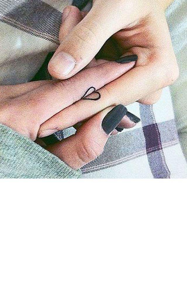 30 Idees De Tatouages Pour Les Couples Tatouage Primer Tatuaje