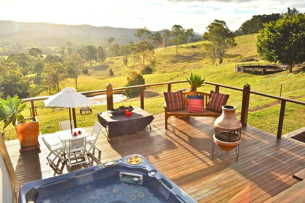 Luxury Gold Coast Hinterland Villa Villas For Rent In Mount Nathan Queensland Australia Luxury Poolside Australia Vacation Gold Coast