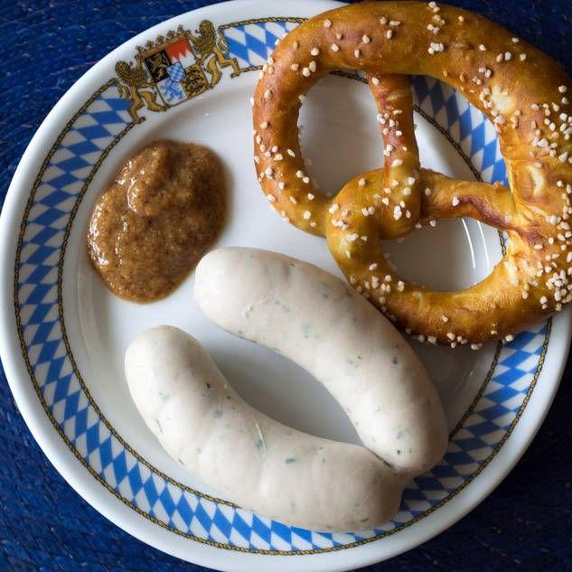 oktoberfest rezepte f r bayerisches essen herbst pinterest w rstchen weisswurst und essen. Black Bedroom Furniture Sets. Home Design Ideas