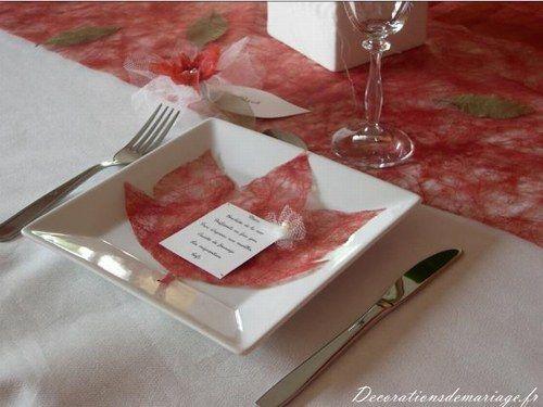 Idées de décoration de mariage : faire part, marque place, menu…